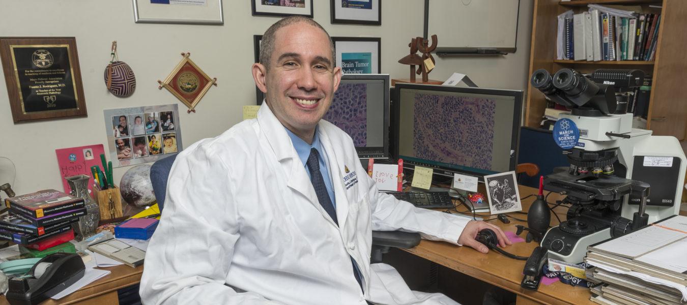 Brain Tumors and Brain Pathology - Brain Tumor | Johns Hopkins Pathology
